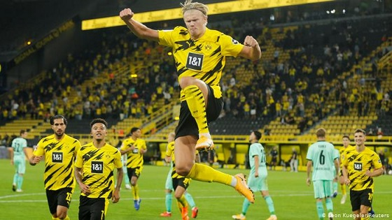 Enjoy Dortmund live streams on smart TVs